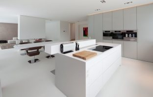 Gietvloeren woonkamer keuken