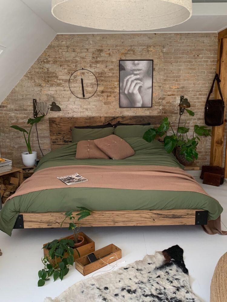 houten tweepersoonsbedden
