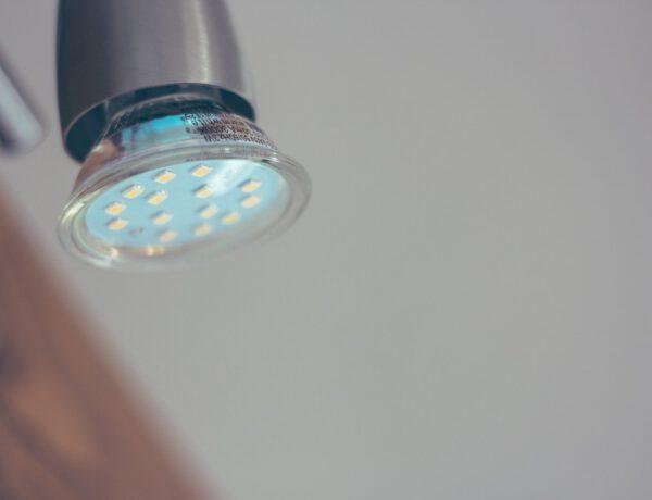 Hoe kies ik de beste led verlichting voor in huis?